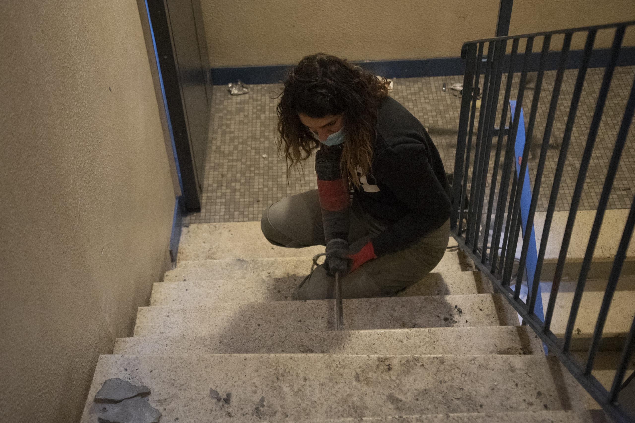 Les marches granito du plancher du RDC (bureaux et cuisine)