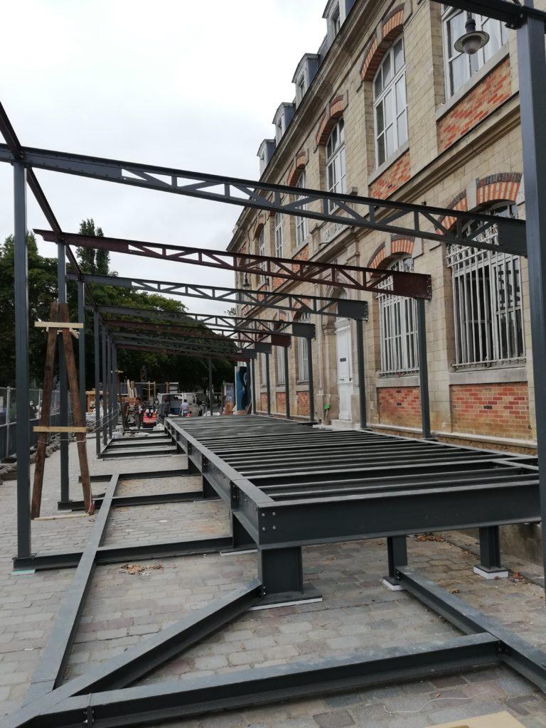 Charpente métallique de la terrasse